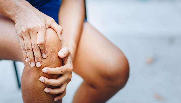 durere în întregul corp  în special în articulații