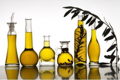 Nucşoară (Myristica fragrans) – beneficii şi proprietăţi