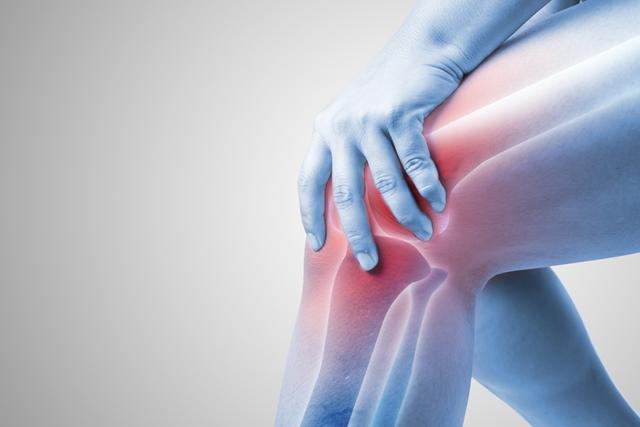 articulațiile doare și umflate