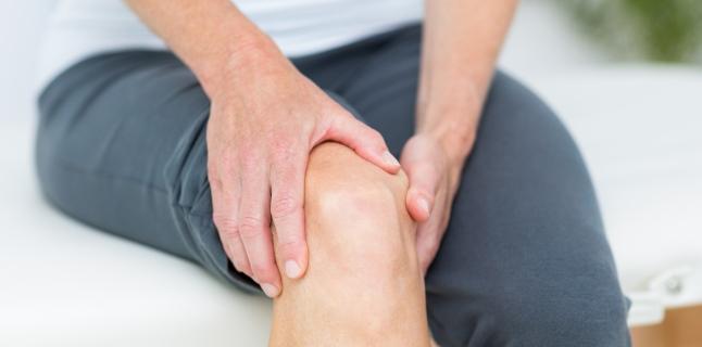 durere în articulația umărului și a mușchilor