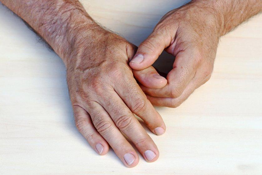 dureri ascuțite în articulațiile umărului
