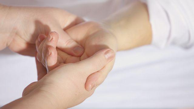 dureri articulare la mână și degetul mare