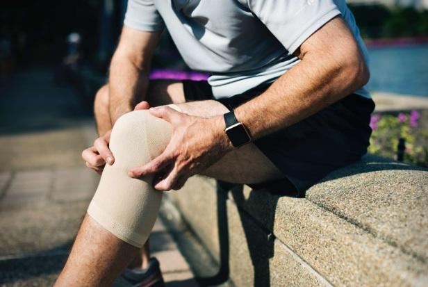 reparație eficientă a articulațiilor ce durere atunci când ligamentele genunchiului pulverizat